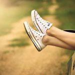 Léto ještě nekončí víte, jak si ho užívat bez pocitu těžkých nohou? 8 tipů, které jsou opravdu jednoduché a přitom fungují